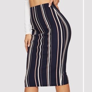 Vertical stripe slim fit pencil skirt